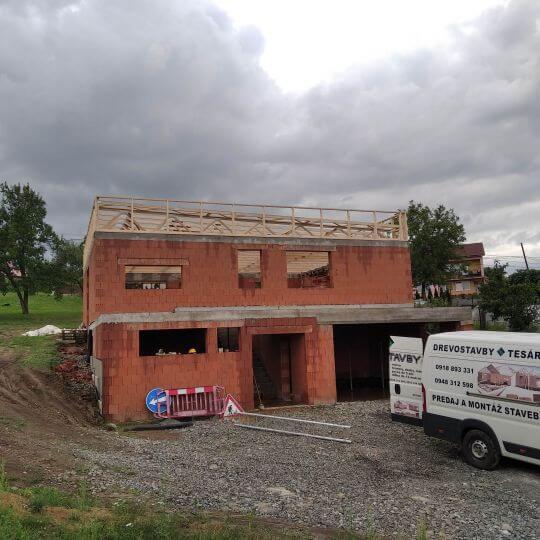 Novostavba rodinného domu Hlinné - Obrazok